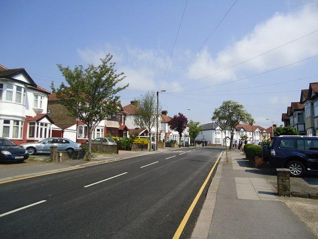 Redbridge Lane East, Redbridge