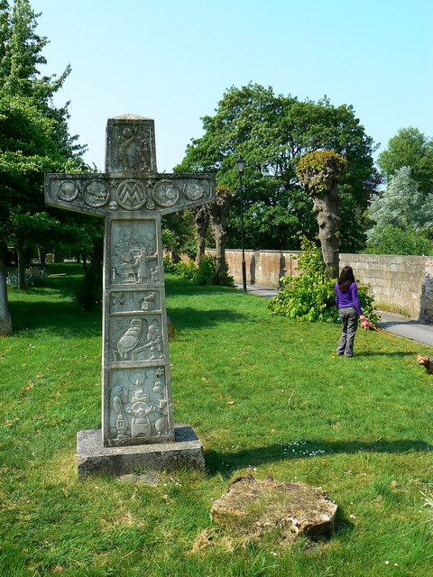 Millennium monument, St John's Church, Devizes (1 of 3)