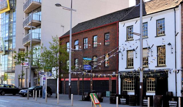 Nos 35-37 Queen's Square, Belfast