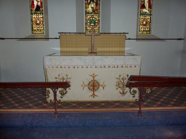 Holy Trinity Church, Seathwaite, Altar