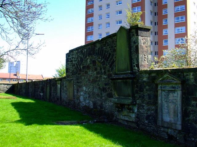 Inverkip Street graveyard