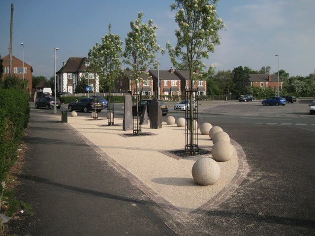 Junction of Mayfield Avenue and Moss Lane