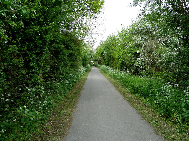 Whitchurch railway path, Bristol © Anthony O'Neil ...