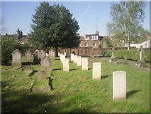 TQ3978 : War graves in East Greenwich Pleasaunce by Marathon
