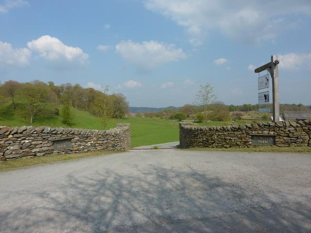 Entrance to Mungeon Farm