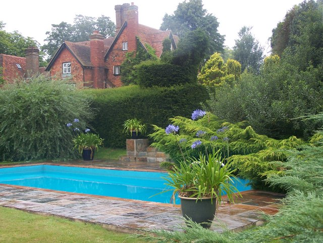Swimming Pool Garden in Marle Place © David Anstiss :: Geograph ...