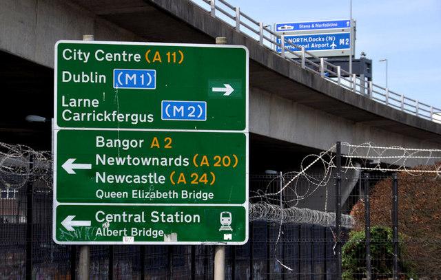 Redundant road sign, Belfast