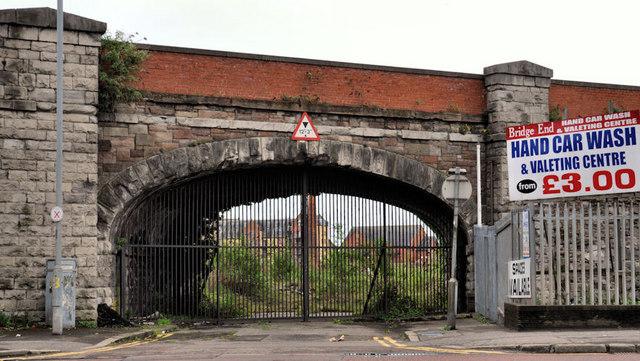 Railway arch, Belfast (2)