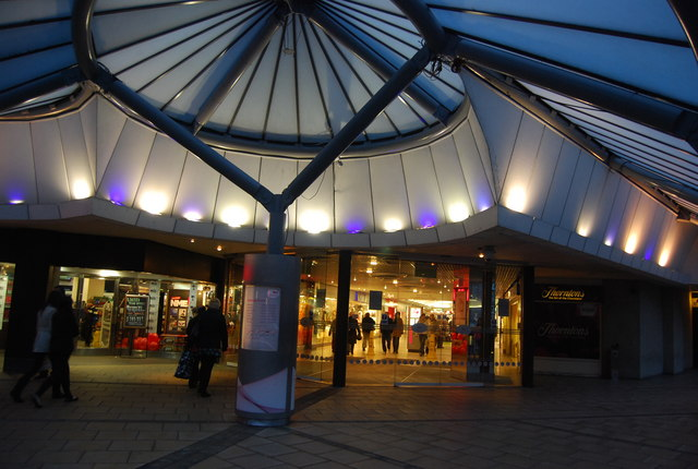Entrance to St James's Shopping Centre