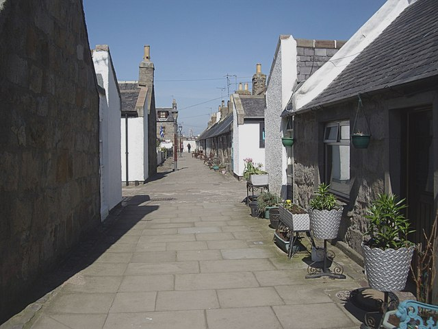 Lane from South Square to North Square, Footdee