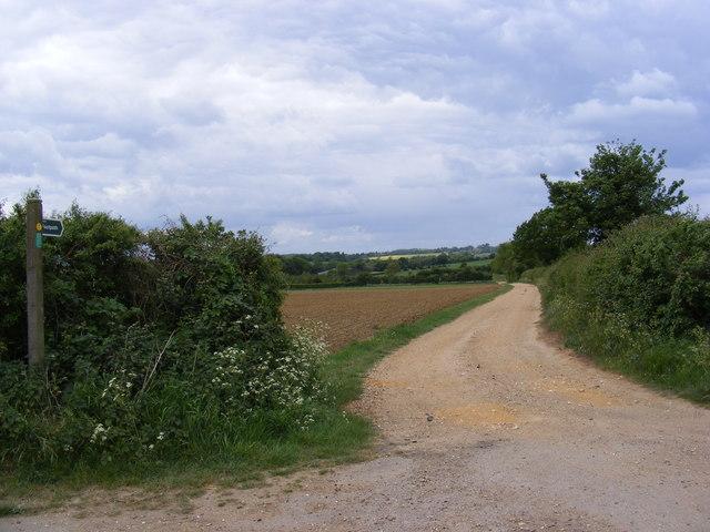 Footpath to Grove Farm & Grove Road