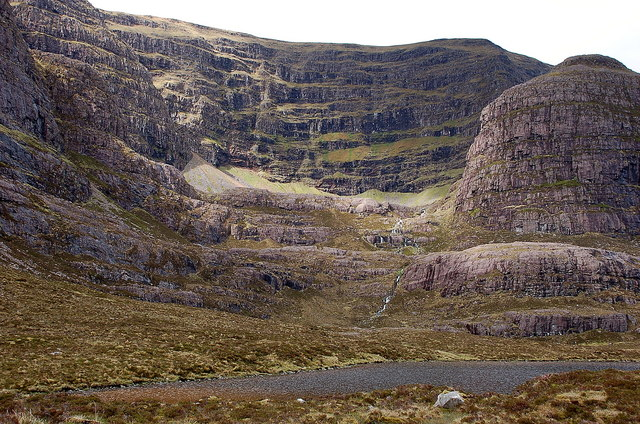 Coire na Poite from the lochan