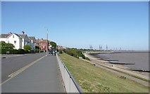 TM2531 : Marine Parade,  Dovercourt, Harwich by Humphrey Bolton