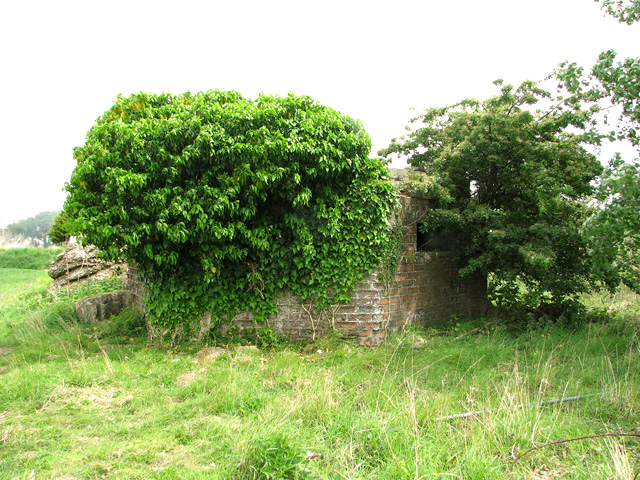 WWII site south of RAF Coltishall - pillbox