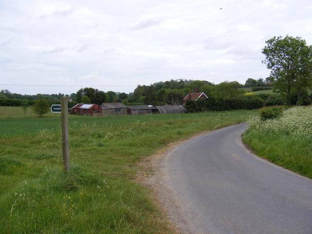 Grove Road & the footpath to Dallinghoo Road