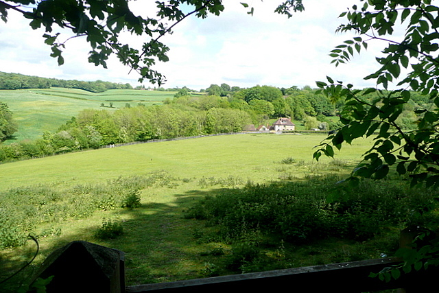 Towards Muswell Farm