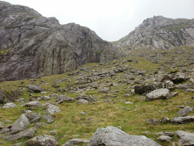 Steep ascent towards upper Cwm Glas