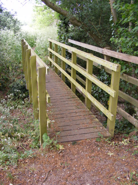 Footbridge on the footpath to Quill Farm