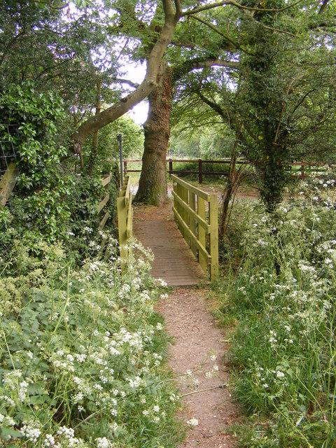 Footbridge on the Footpath to Loudham Hall Road