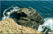 ND1071 : Slabby rocks near Scrabster by Alan Reid