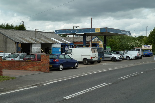 Garage workshop and MOT test centre