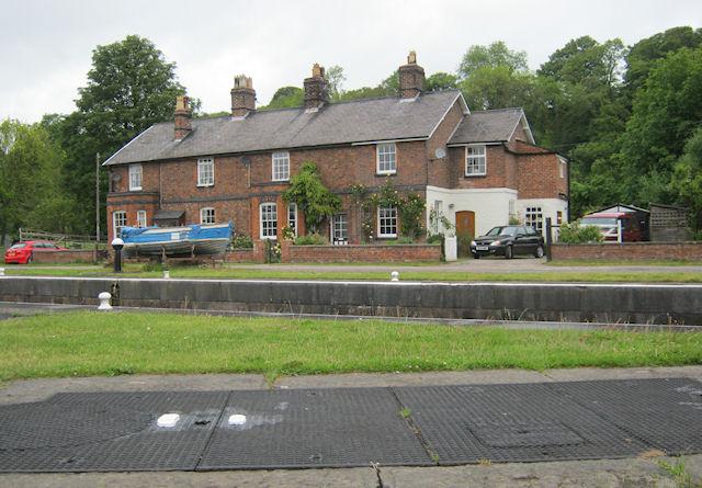 Saltersford Lock Cottages