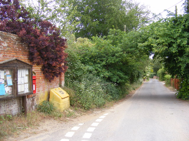 School Lane, Bromeswell & School Lane Postbox
