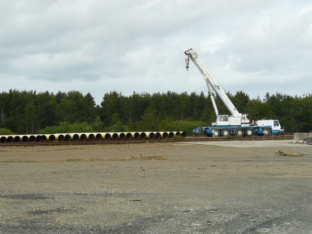 Subsea pipe sections and handling crane at Georgemas Junction