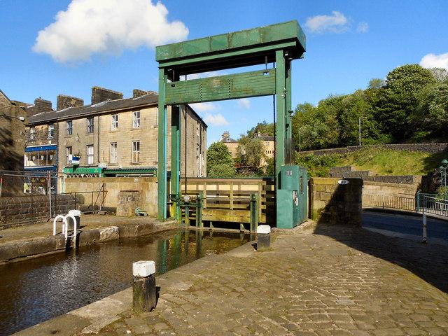 Rochdale Canal Lock 19 and Rochdale Road Bridge