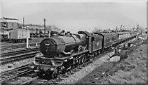 SU5290 : Paddington - Cheltenham express passing Didcot by Ben Brooksbank