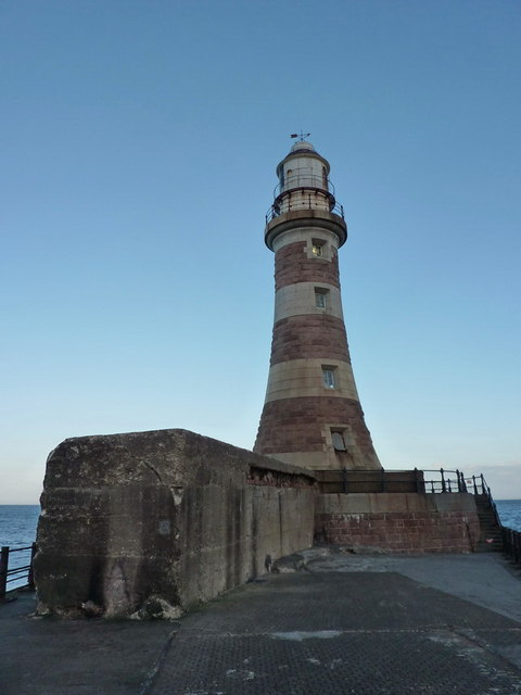 Roker Pier Lighthouse, Sunderland Harbour
