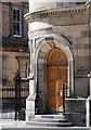 NT2573 : Door detail, McEwan Hall by Patrick Mackie