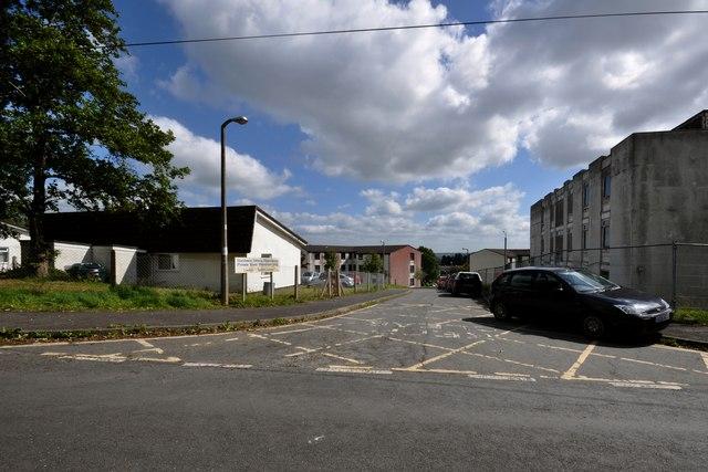 Staff Accommodation At North Devon 169 Roger A Smith Cc
