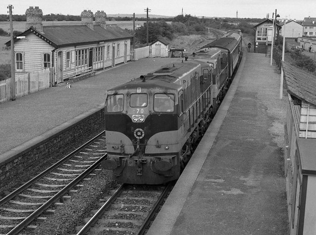 Train at Laytown station