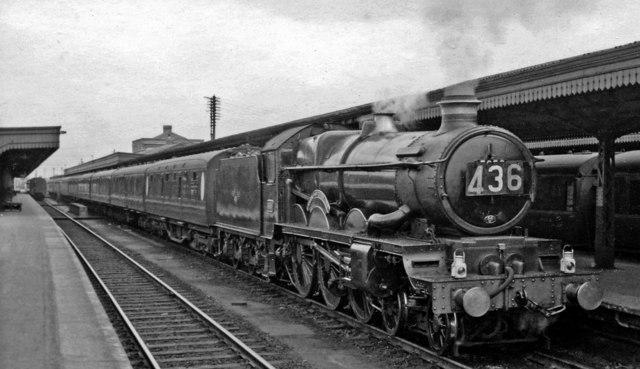 Liverpool - Plymouth express at Taunton Station