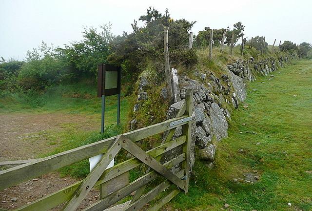 Nodden Gate