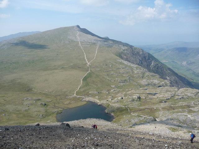 View down the path from Glyder Fawr to Llyn y Cŵn