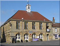 SE6183 : Town Hall, Helmsley with library below by Pauline E
