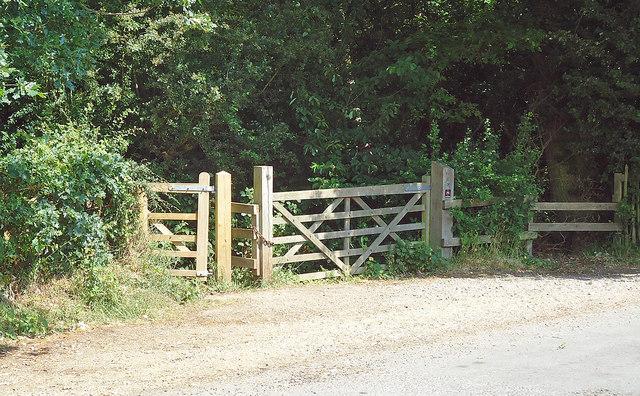 Entrance to Danbury Ridge Nature Trail