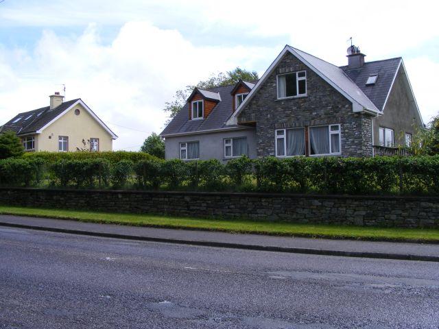 Houses by R568 Besses Crossroads, Dunmanway - Tonafora Townland