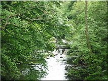 SK1985 : The River Derwent from Yorkshire Bridge by Ian S