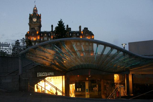 Entrance to Princes Mall, Edinburgh