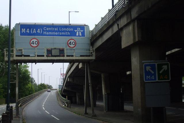 M4, Junction 2, Brentford