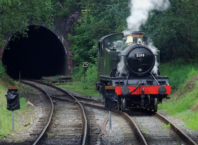 Locomotive changing tracks at Cheddleton Tunnel #3, Staffordshire