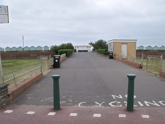 Pitch and Putt hut, Hove seafront