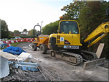 SU6252 : Working on Brunel Road bridge by Given Up
