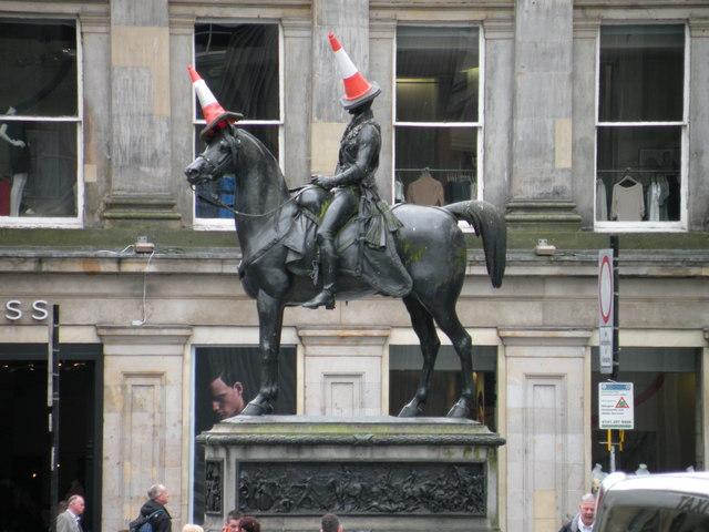 Statue of the Duke of Wellington, Queen Street