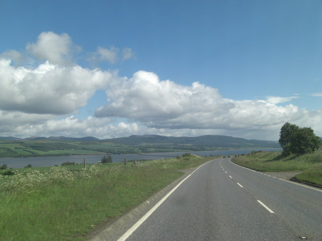 A9 (T) descending towards the Cromarty Firth