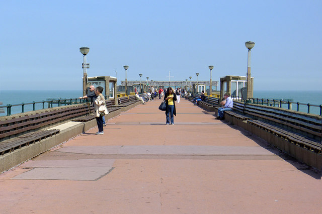 Along the Pier, Deal