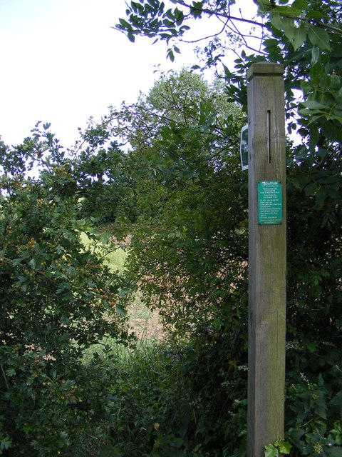 Footpath to Hill & Wood Farms & Peppers Wash